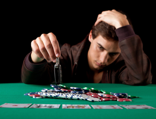 HOW TO AVOID GETTING CRUSHED IN POKER