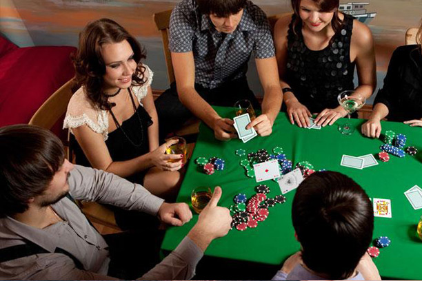 Can You Play Virtual Poker With Friends